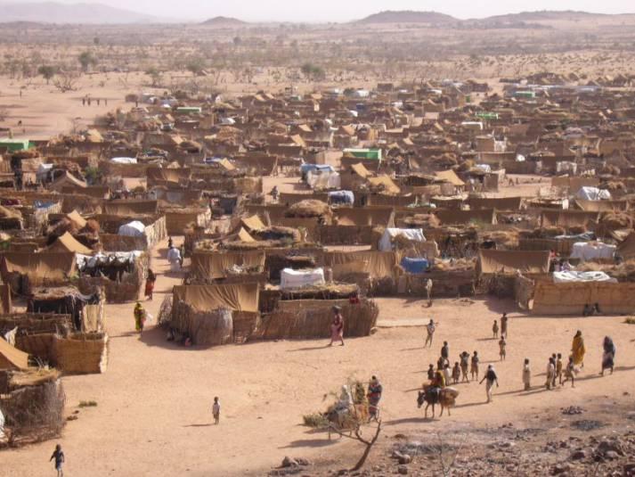 Ein Fluechtlingscamp im Tschad. Ein Fluechtlingscamp im Tschad. |  Bild: © Mark Knobil [CC BY 2.0]  - wikimedia commons