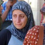 Frauen auf der Flicht Frauen sind auf der Flucht besonderer Gefahr und Gewalt ausgesetzt. | Bild (Ausschnitt): © Masser - Wikimedia Commons