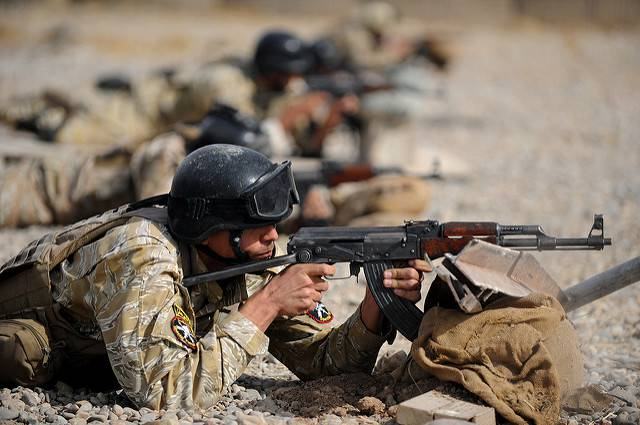 Soldaten im Irak  Bild: © DVIDSHUB [CC BY 2.0]  - flickr