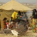 Frauen und Kinder im Flüchtlingslager Mazrak im Nordwesten des Jemen Frauen und Kinder im Flüchtlingslager Mazrak im Nordwesten des Jemen | Bild (Ausschnitt): © IRIN Photos [CC BY-NC-ND 2.0] - Flickr