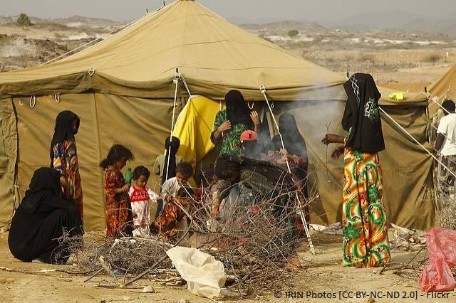 Frauen und Kinder im Flüchtlingslager Mazrak im Nordwesten des Jemen Frauen und Kinder im Flüchtlingslager Mazrak im Nordwesten des Jemen |  Bild: © IRIN Photos [CC BY-NC-ND 2.0]  - Flickr