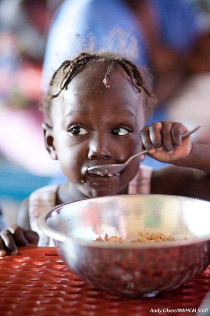Haiti Kind Essen Nutrition Program