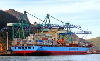 Freihandelsabkommen ermöglichen es der EU Afrika mit Billig-Exporten zu überschwemmen Freihandelsabkommen ermöglichen es der EU Afrika mit Billig-Exporten zu überschwemmen |  Bild: © Bernard Spragg. NZ [CC0 1.0]  - Flickr