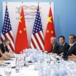 Verhärtete Fronten: Der Handelskrieg zwischen den USA und China eskaliert immer mehr - und zwingt dabei andere Länder sich für eine der beiden Seite zu entscheiden Verhärtete Fronten: Der Handelskrieg zwischen den USA und China eskaliert immer mehr - und zwingt dabei andere Länder sich für eine der beiden Seite zu entscheiden | Bild (Ausschnitt): © 禁书 网 [CC BY-NC-ND 2.0] - Flickr