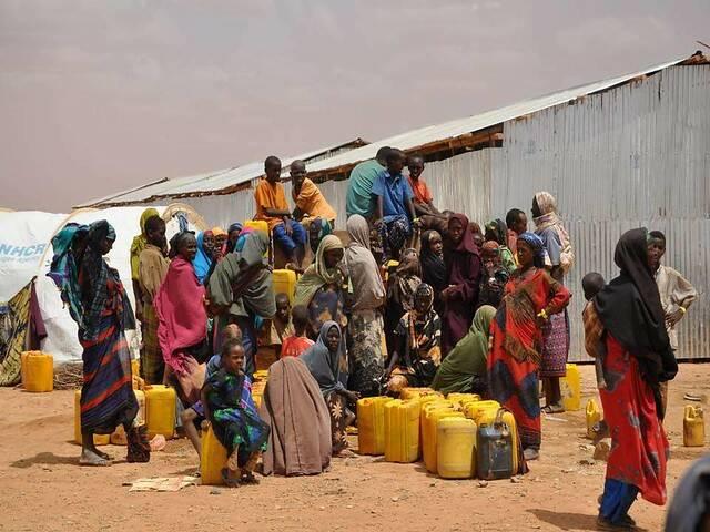 In Somalia sind viele Leuten auf Entwicklungsilfe angewiesen |  Bild: ©  Water Alternatives [CC BY-NC 2.0]  - flickr