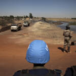 UN-Friedensmission in Mali UN Security Council convoy drives through the streets of Mopti, Northern Mali. | Bild (Ausschnitt): © United Nations Photo [CC BY-NC-ND 2.0] - flickr